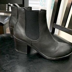 Harlow boots